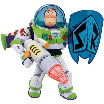 boneco-buzz-com-escudo-toyng-conteudo