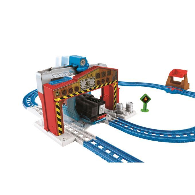 thomas_friends_ferrovia_carregamento_diesel_1