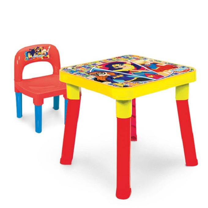 mesa-com-cadeira-dc-super-hero-girls-conteudo
