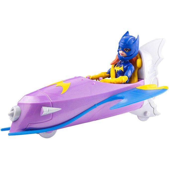 batgirl-com-veiculo-conteudo