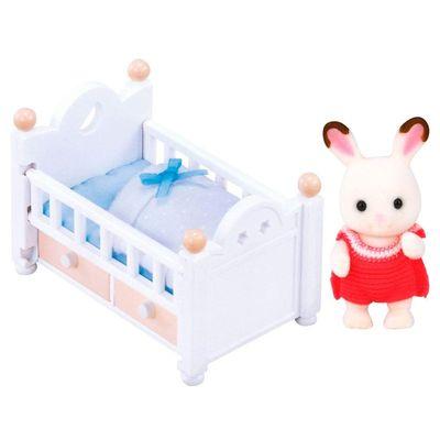 sylvanian-bebe-chocolate-e-cama-conteudo