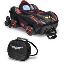 mochila-3d-e-lancheira-batman-wheels-conteudo