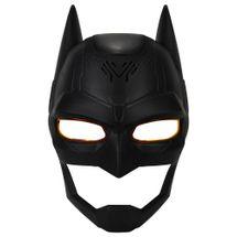 mascara-batman-troca-voz-conteudo